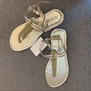Gold Sandals !!☀️🌼